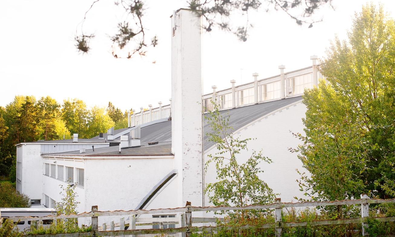 Helsingin Ruskeasuon urheiluhalli.